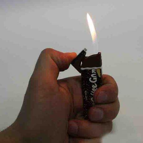 Зажигалки, пепельницы