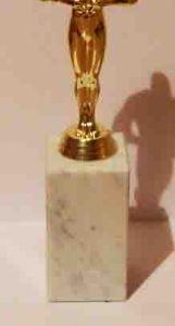 Оскар на  прямоугольной  подставке (25см.)