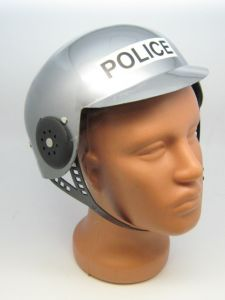 Шлем полицейского серебристый