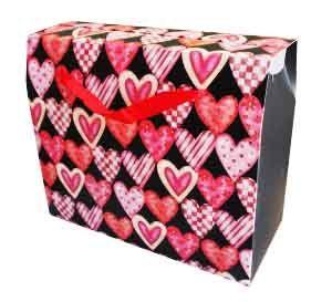 Пакет бумажный Сердечки